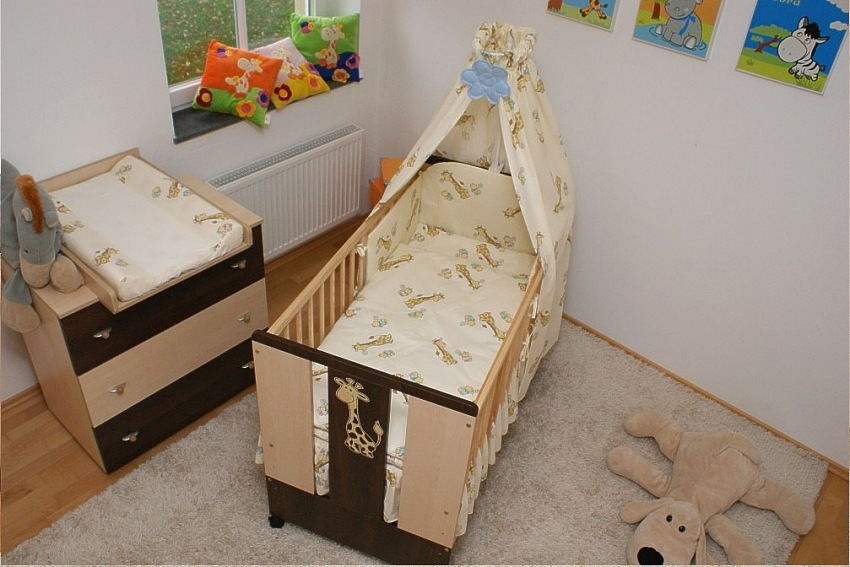 paula babybett kinderbett komplett mit bettw sche matratze und himmel ebay. Black Bedroom Furniture Sets. Home Design Ideas